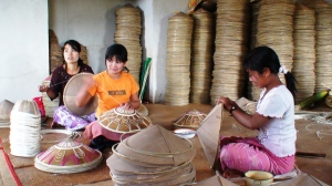 MF borrowers in traditional hat making business Pindaya Township, Southern Shan State. Photo courtesy of Pact