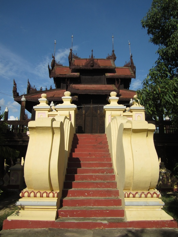 Yet another stunning monastery in Mandalay
