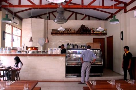 Parami Pizza's stylish interior