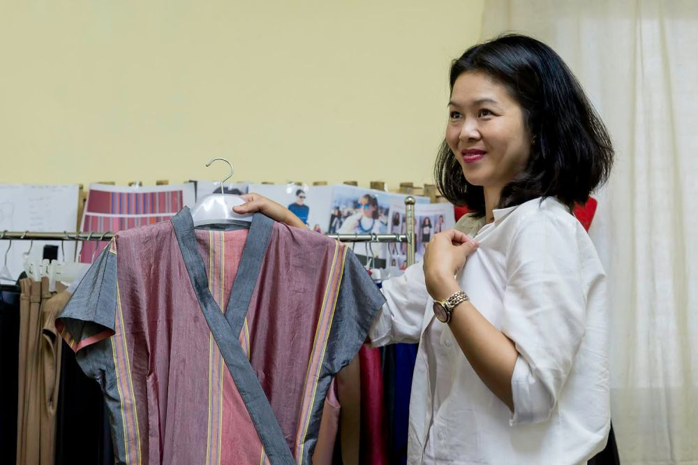 A cut above the rest: Burmese fashion designer Mo Hom returns from Soho (2/4)