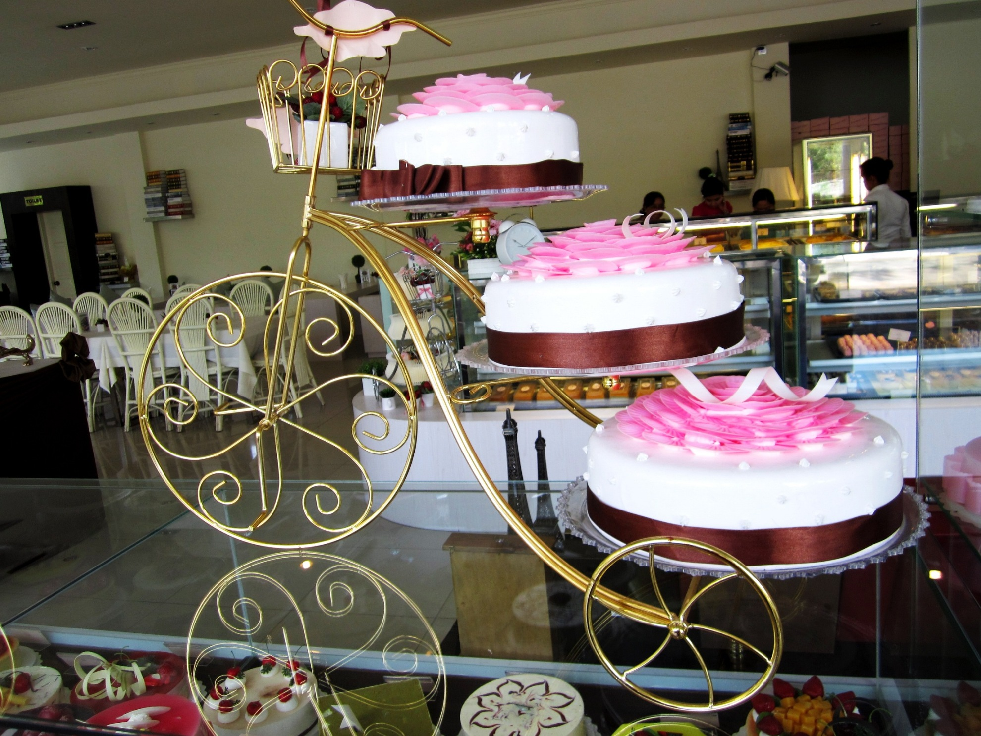 cakes on bikes a review of bb cake and coffee in yangon s trendy on birthday cake delivery yangon