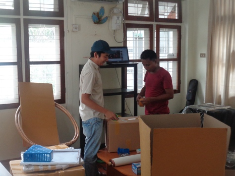 Packing up a home can be an arduous task: enlist the help of friends if you can!